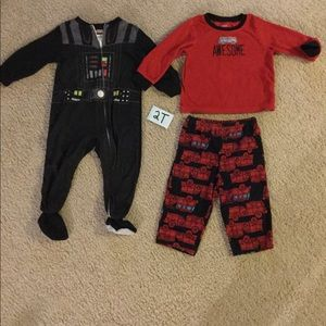 2T fleece pajama bundle Star Wars and firetrucks